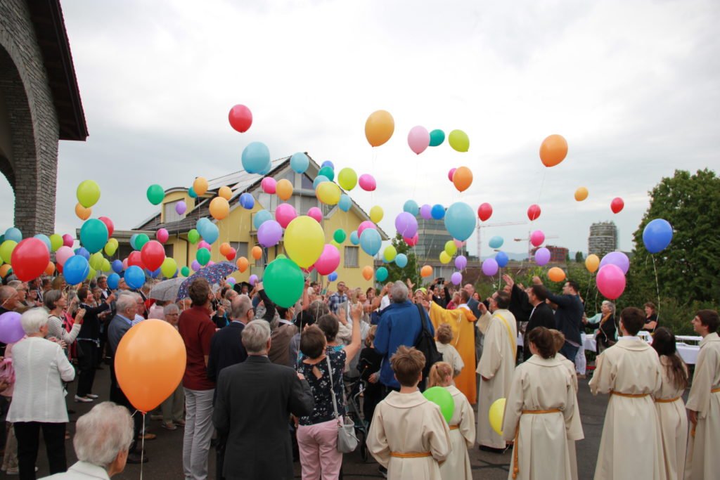 Feier nach der Messe in Rotkreuz   © Otto Pfranger